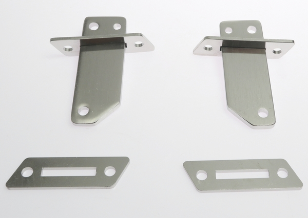 <span style= >Chainplate for Upper and Lower Shrouds, CP-22</span>