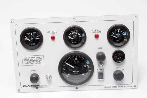 <span style= >Engine Instrument Panel C-400 w/ Yanmar 4JH4</span>