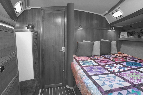 <span style= >C-42 Interior Cushions or Innerspring Mattress, Fwd Cabin Only, Pullman</span>