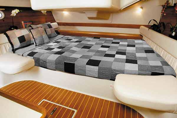<span style= >C-387, Interior Cushions, Aft Cabin Athwartship Accessory Cushions Only</span>