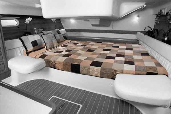 <span style= >C-387, Interior Cushions, Aft Cabin Athwartship Berth Cushion Only</span>